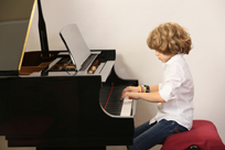 Piano education for children - Ábel Tóth