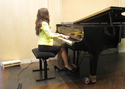 Gyöngyösi Ivett zongoraművész
