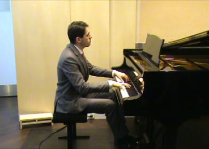 Juhász Balázs zongoratanár